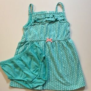 🌻Carter's🌻2 pc Dress with bottoms Size 24 months